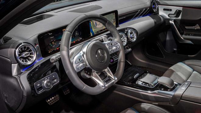 Mercedes-Benz A35 AMG sẽ bán ra vào tháng 12/2018: Giá từ 1,063 tỷ đồng - 6