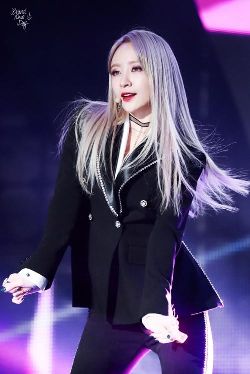 Nữ thần tượng K-pop giữ dáng nhờ ăn ngày chỉ một bữa - 1