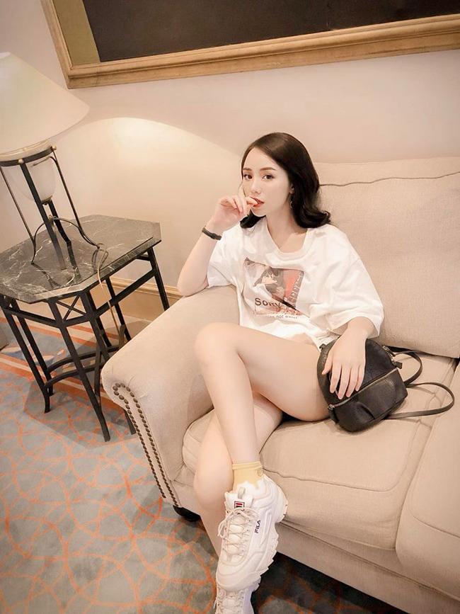 """Cũng tham gia một vai phụ trong Quỳnh búp bê, hot girl Quỳnh Kool mới đây đã tiết lộ bị đại gia """"gạ gẫm"""" với giá 1.000 USD."""