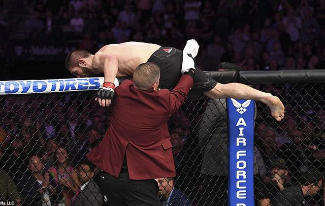 Đại chiến UFC, Khabib như điên rồ: Huyền thoại phẫn nộ, sắp tàn sự nghiệp - 1