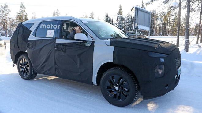 SUV cỡ lớn Hyundai Palisade lộ ảnh thực tế trước khi ra mắt - 3