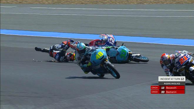"""Đua xe MotoGP: Bị tấn công dồn dập, """"Hoàng tử"""" vẫn ghi dấu lịch sử - 1"""