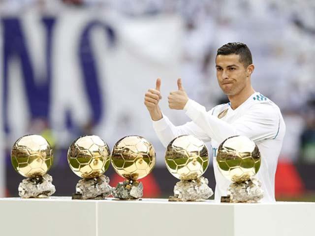 """Công bố đề cử Quả bóng Vàng 2018: """"Vua"""" Ronaldo đấu 29 kẻ lật đổ"""