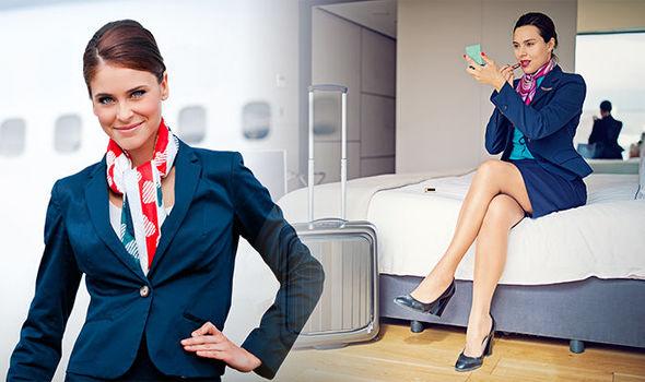 Tiếp viên hàng không tiết lộ điều bí mật của đồng phục váy ngắn - 1