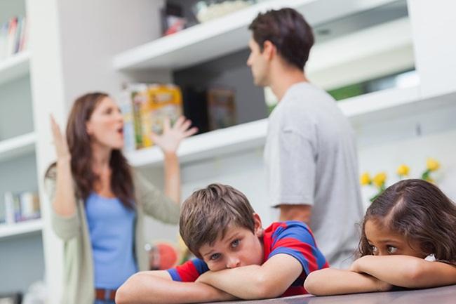 Không làm 3 điều này khi con thấy bố mẹ cãi nhau, hậu quả sẽ rất khôn lường - 1