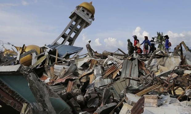 Động thái kỳ lạ của Indonesia 1 tuần sau trận sóng thần khủng khiếp - 1
