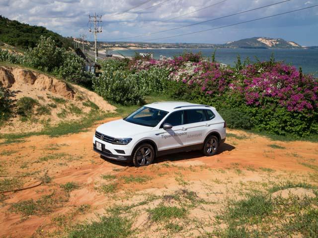 """Hành trình 800km """"lên rừng xuống biển"""" cùng Volkswagen Tiguan Allspace"""
