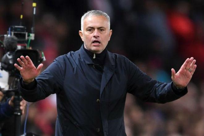 """Mourinho thoát hiểm: Gạ sếp lớn MU vung tiền sắm 2 """"đá tảng"""" tháng 1 - 1"""
