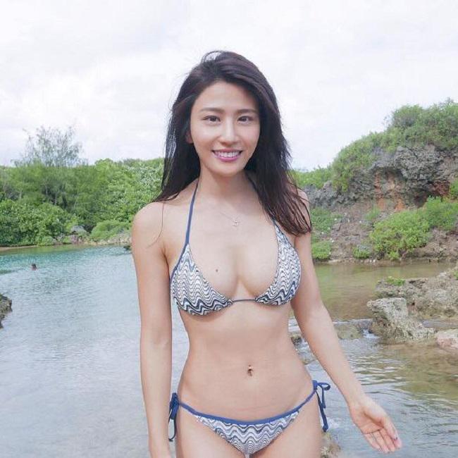 """Lâm Thiên Dư là diễn viên TVB nổi tiếng qua một số bộ phim, trong đó ấn tượng nhất là Bao la vùng trời 2. Nhiều cư dân mạng còn nhắc tới Lâm Thiên Dư với scandal """"mây mưa"""" cùng bạn traitrong toilet 30 phút hồi tháng 6.2014."""