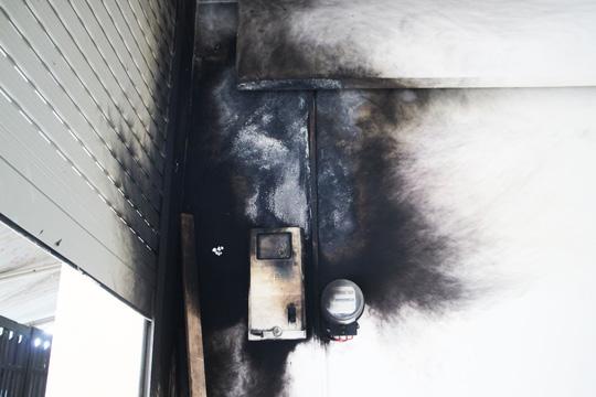 Phóng điện tại công trình đang xây dựng, 3 công nhân bị bỏng nặng - 1
