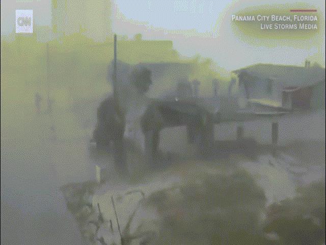 Video: Sức tàn phá đáng sợ của siêu bão mạnh nhất 26 năm ở Mỹ