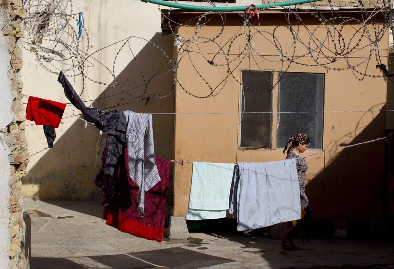 Trượt bài kiểm tra trinh tiết, cô gái Afghanistan bị tống giam - 1