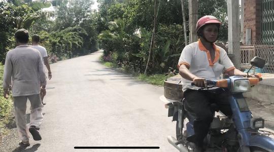 Hành trình 200km làm công nhân: Làng hiếm phụ nữ - 1