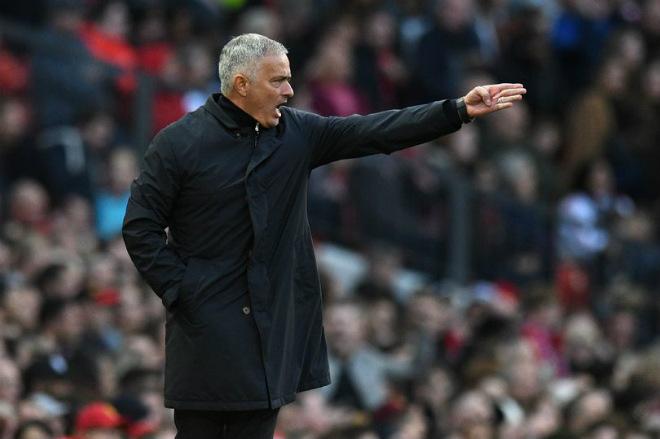 Mourinho tái ngộ Chelsea: MU lâm nguy tại hiểm địa Stamford Bridge - 1