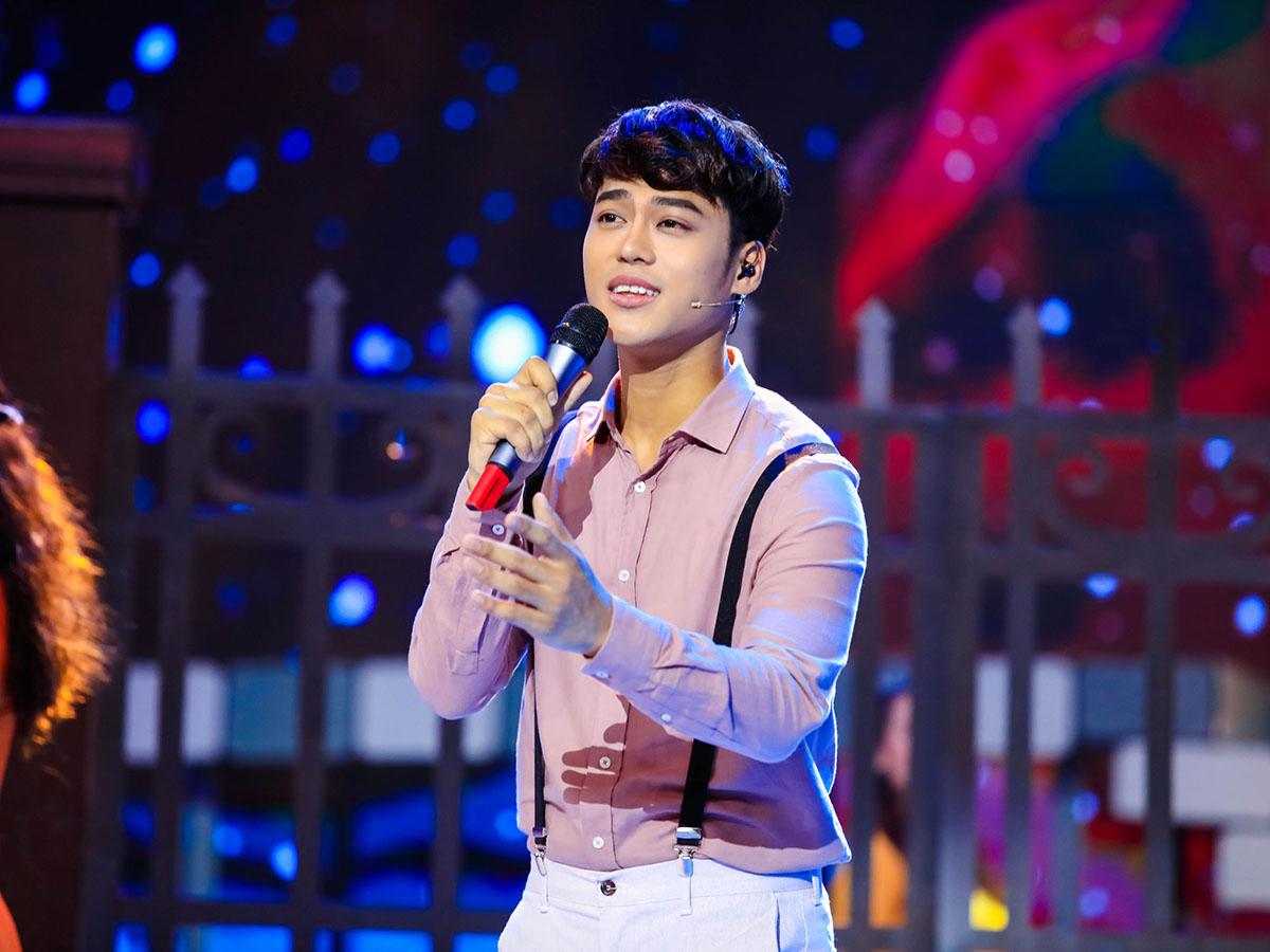 """Phương Dung khen ca sĩ trẻ hát """"Riêng một góc trời"""" hay hơn Tuấn Ngọc - 1"""