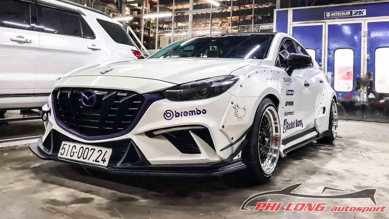 """Mazda 3 độ """"thân rộng"""" Rocket Bunny lạ mắt tại Sài Gòn - 1"""
