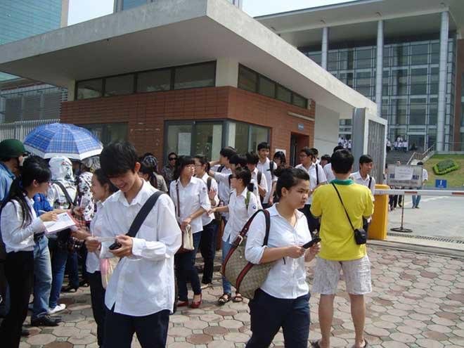 Tuyển sinh lớp 10 tại Hà Nội: Vì sao học lực khá, giỏi không được cộng điểm? - 1