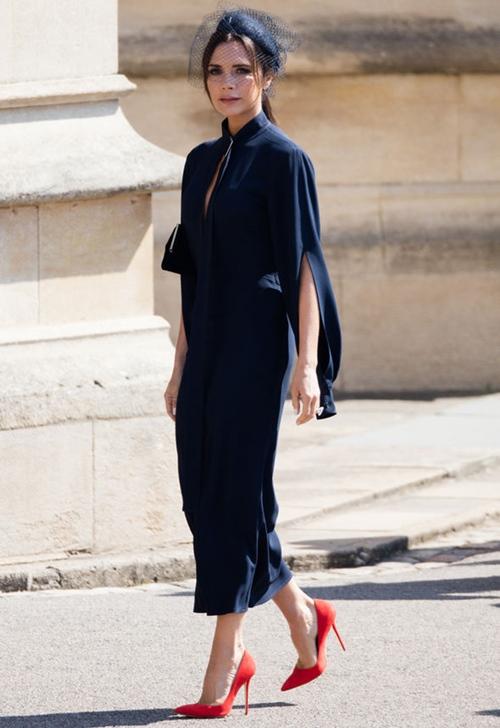 Victoria Beckham tích cực lăng xê mốt gợi cảm ủng hộ trào lưu nữ quyền - 1