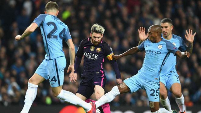 Messi khước từ siêu lương bổng Man City: Sao không như Ronaldo? - 1