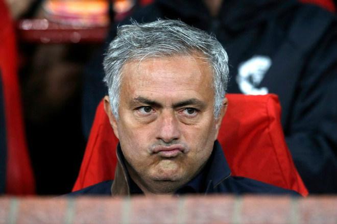 Rung chuyển ghế nóng MU: Pogba được báo tin sốc ngày Mourinho ra đi - 1