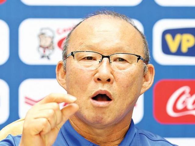 AFF Cup 2018: HLV Park Hang Seo do thám đối thủ tuyển Việt Nam