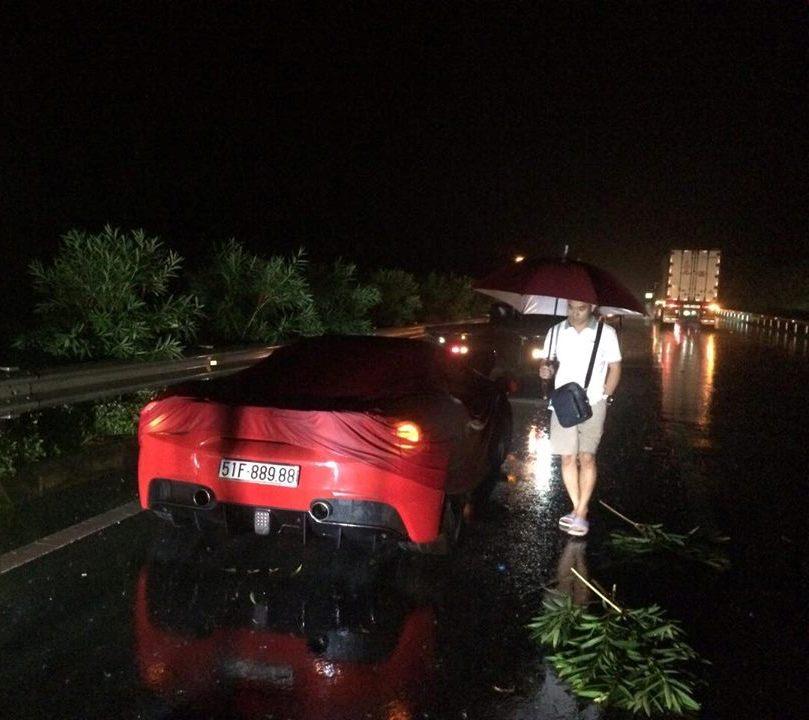 Công an thông tin vụ siêu xe của ca sĩ Tuấn Hưng gặp nạn trên cao tốc - 1