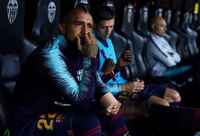 """Barca rung chuyển nội chiến: SAO Chile tàn nghiệp vì nghi đắc tội """"trùm"""" Messi - 1"""