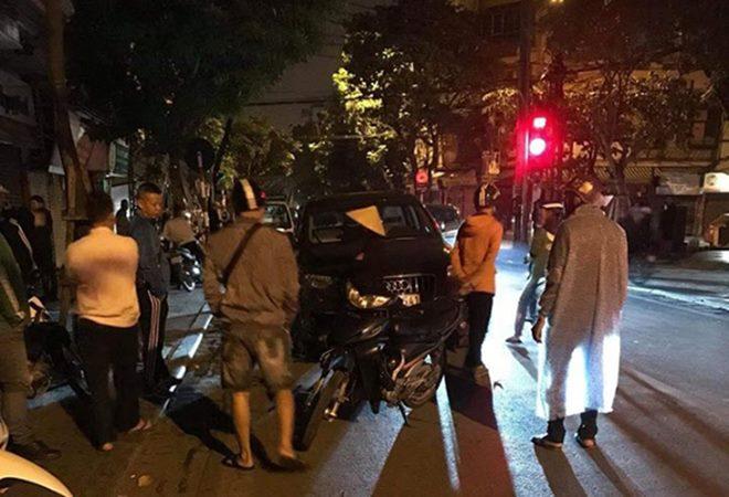 """Tai nạn giao thông bất ngờ giữa diễn viên """"Người phán xử"""" và cựu thủ môn Hồng Sơn - 1"""