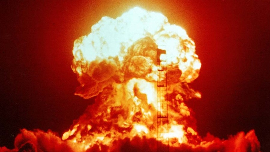 Putin cảnh báo rợn người về chiến tranh hạt nhân - 1