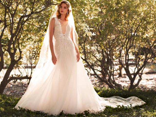 Nín thở vì bộ sưu tập váy cưới đẹp như một giấc mơ