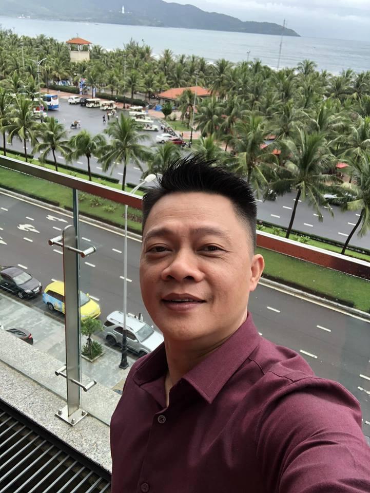 BTV Trần Quang Minh khóc chia tay VTV6 để vào Đà Nẵng - 1