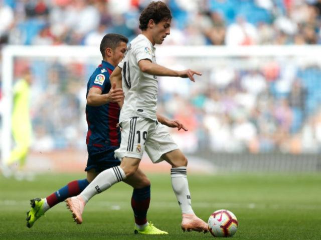 Real Madrid - Levante: 13 phút định đoạt, ngỡ ngàng 3 bàn bị từ chối