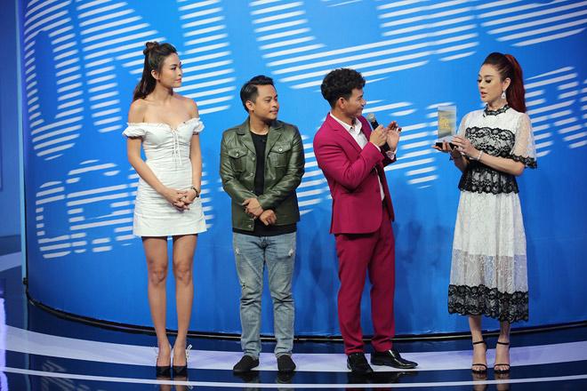 Hoài Linh làm điều đặc biệt cho Lâm Khánh Chi - 1