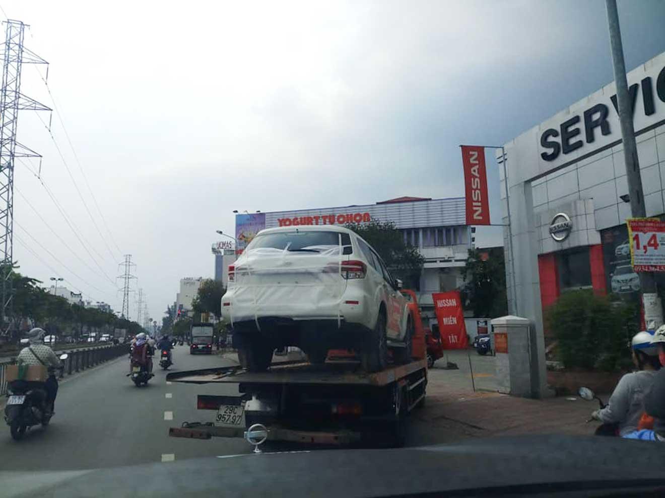 Nissan Terra về đến Việt Nam, chuẩn bị cho triển lãm VMS 2018 - 1