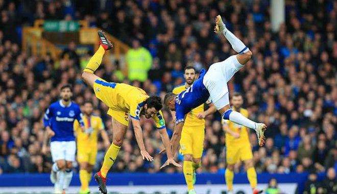 Everton - Crystal Palace: 2 phút 2 đòn chí mạng - 1