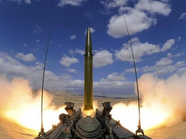 Trump nhắm vào TQ khi rút Mỹ khỏi hiệp ước hạt nhân với Nga?