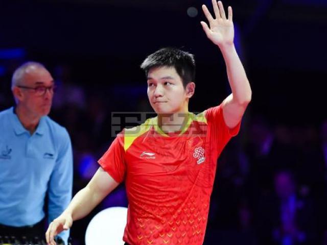 Siêu kinh điển: Vua bóng bàn Trung Quốc nhấn chìm huyền thoại Đức