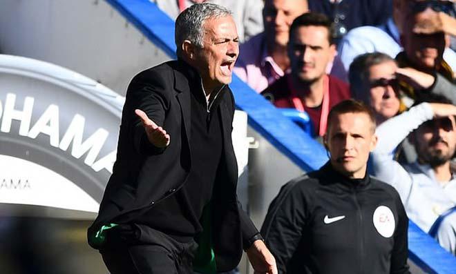 """MU có """"gián điệp nằm vùng"""": Mourinho truy lùng & nghi án Sanchez - 1"""