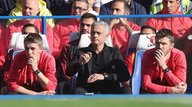 Mourinho giữ ghế: MU tìm chiến binh mùa đông & định đoạt tương lai Pogba - 1