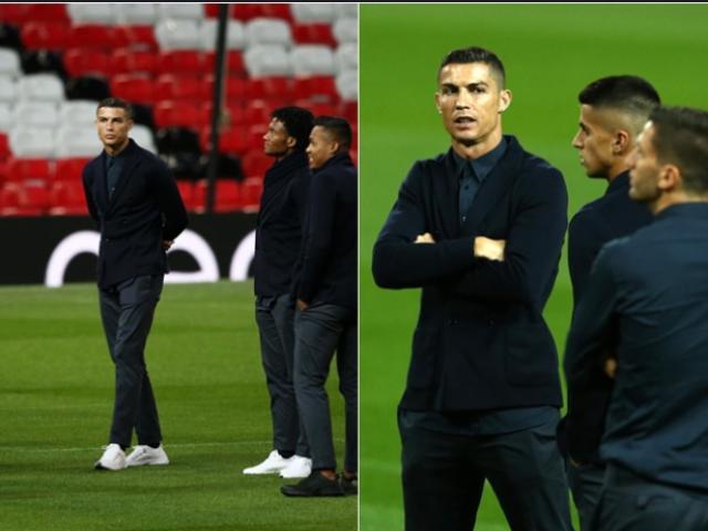 Ronaldo cười tươi như hoa trở lại MU, tự tin thoát tội hiếp dâm mỹ nữ