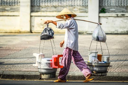 Mỗi người Việt cõng trên lưng khoản nợ 35 triệu đồng - 1