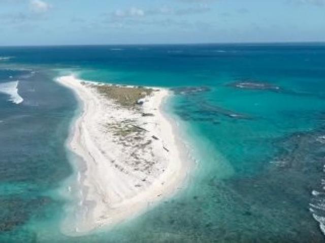Hòn đảo ở Hawaii biến mất hoàn toàn sau một đêm