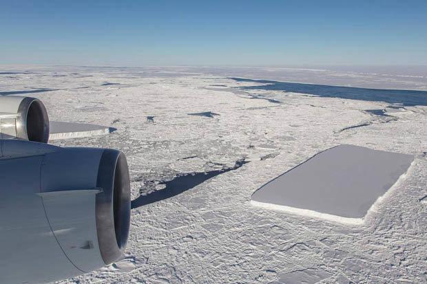 Phát hiện thêm tảng băng hình hộp vuông như có người cắt ở Nam Cực - 1