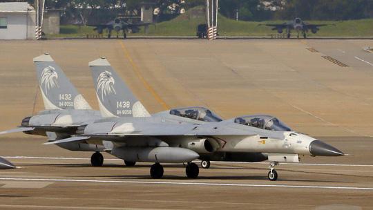 Phớt lờ Trung Quốc, Mỹ thông qua gói vũ khí 330 triệu USD cho Đài Loan - 1