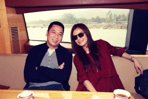 Chồng tỷ phú của Triệu Vy bị kiện ra tòa vì tham nhũng? - 1