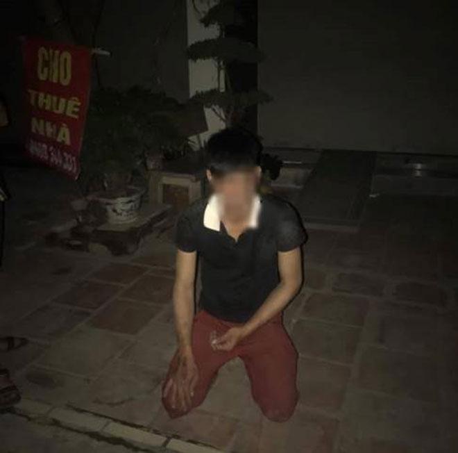 Nghi án nam thanh niên bị bắt quỳ gối vì định hiếp dâm bà mẹ 3 con - 1