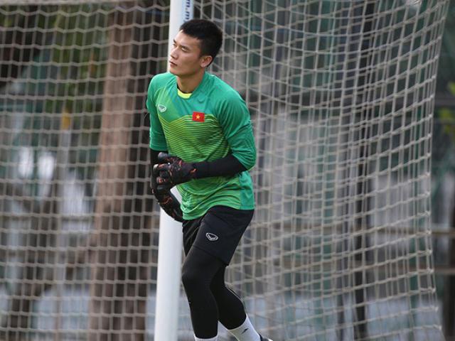 ĐT Việt Nam luyện công ở Hàn Quốc: Thầy Park trăn trở bài chống pressing