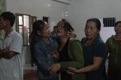 4 người bị điện giật chết: Viettel Hà Tĩnh hỗ trợ gia đình mỗi nạn nhân 50 triệu đồng - 1