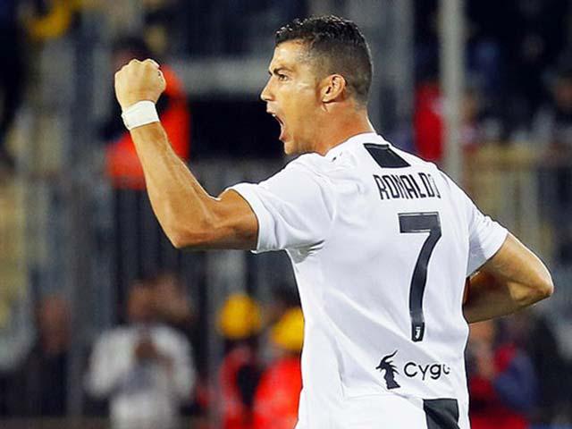 """Ronaldo ghi cú đúp: Triệu fan nức lòng vì siêu phẩm """"đại bác"""""""