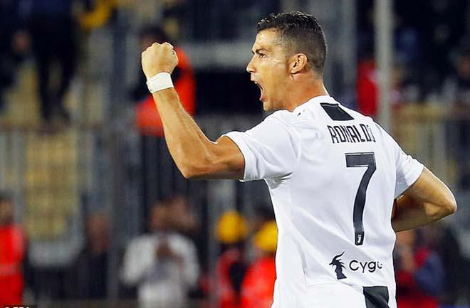 """Ronaldo giúp Juventus ngược dòng: Cú đúp hiệp 2, siêu phẩm """"đại bác"""" - 1"""